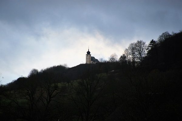 Blick auf die Fränkische Schweiz und dem Walberla von Reifenberg