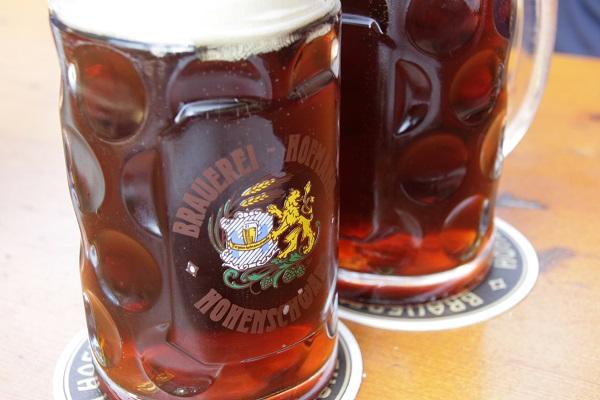 Foto Ein Schwärzla Bier aus Hohenschwärz